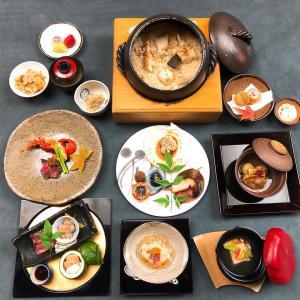 11月の 8千円のお料理でございます。