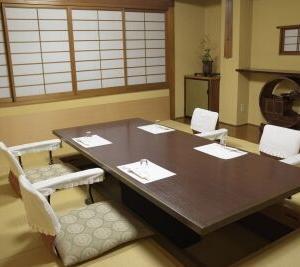 助六は全室【完全個室】のお部屋なのです。