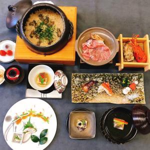 12月の8千円のお料理でございます。