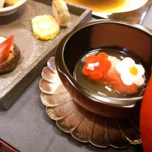 独特の〇〇食感が面白い鯛のお料理をおもてなし。