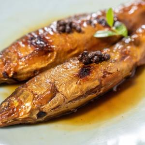 ふわっふわの鮎山椒煮は、ご高齢のご両親の贈り物にも人気です。