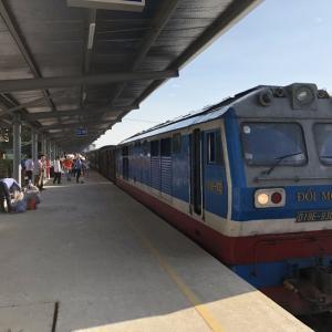 ベトナム・タインホアからハノイまで3時間半の列車の旅を満喫!意外に悪くないかも^^