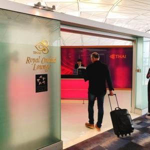 香港国際空港ラウンジパトロール第3弾はRoyal Orcid Lounge!中々良い感じやん(^_^)/