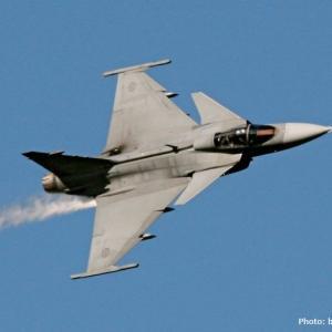 スウェーデン空軍、グリペンC/D戦闘機を高度な練習機として使用!