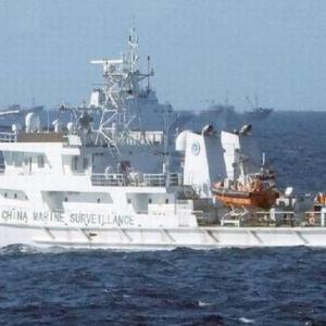 中国海警船、日本の抗議後も尖閣領海で漁船を追尾…領海外でも約45キロ追尾!