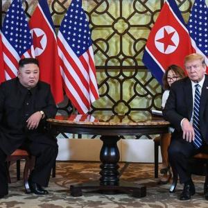 ハノイ米朝首脳会談決裂「韓国は知らなかったが、日本は予想していた」…寧辺核施設廃棄を提案せよ、北朝鮮が恨む文氏の助言!