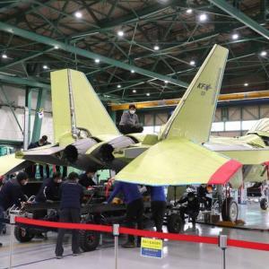 韓国防衛産業技術の集合体、KF-X戦闘機の初公開にネット「これで世界のリーダーに」「韓国もステルス機を造ろう」「外側だけ国産」!