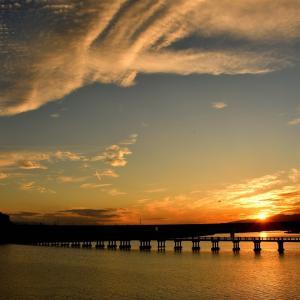 旧吉野川で見る夕焼け空