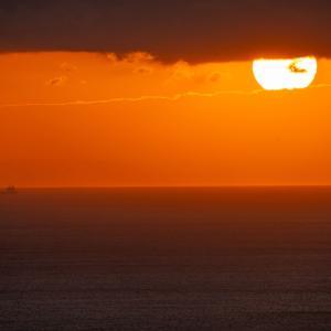 潮吹休憩所からの朝陽