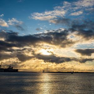 元根井漁港の朝