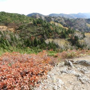 三方岩岳から見る白山R011020 白山市