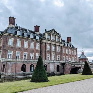 ミュンスター旅行記1 レンガ色が美しい水の城、ノルドキルヒェン城