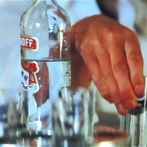 007おしゃべり箱 番外編(159) 「アのボトルは何だ?!〜トモロー・ネバー・ダイ、ゴールデン・アイ編」