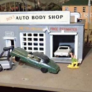 バックマンの「自動車修理工場」