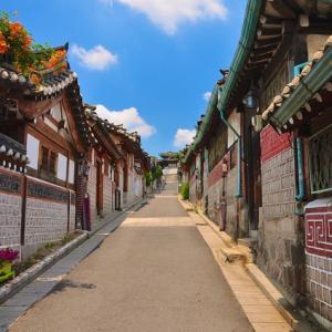 韓流時代小説 王を導く娘~笑顔も、怒ったそなたも、どんな明華でも大好きだ。愛しているよ、俺の明華