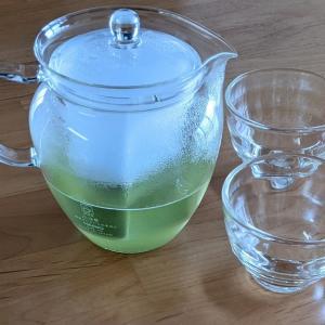 天然のお茶を使い分けながら飲んでいます。