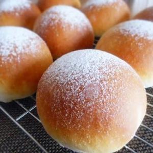 米粉のクリームパン