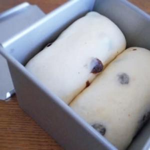 黒糖レーズン食パン
