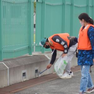 水辺感謝の日釣り場清掃in日の出埠頭