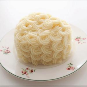 白いハートのケーキの中は・・・