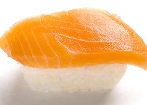 タダ寿司を食べたさに「鮭魚(さけ)」に改名する人続出in台湾