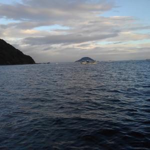 外海シケ、タチ釣り