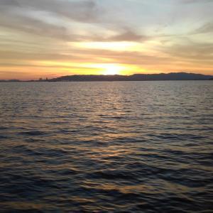 早起きのタチ釣り出港
