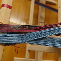 太目の糸で。