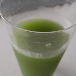 フフスゥおいしい青汁が人気です!