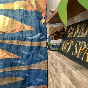 textile展 アートスペースカフェパパ 草木染め作品 千葉県習志野市