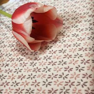 刺し子糸 草木染め糸にて ふきんを制作いただきました