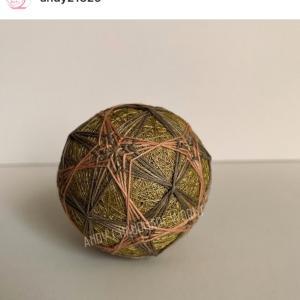 草木染め 刺し子糸 にて手毬を制作していただきました