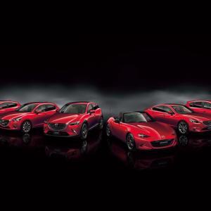 真っ赤な車がカッコいい