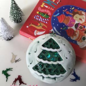 フォレストグリーンの石鹸にホワイトコーティングでクリスマス!
