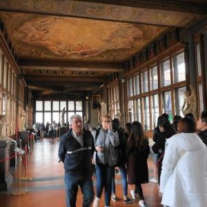 ウフィツィ美術館⑤AM10時過ぎの混雑と最後の一周