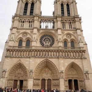 パリ散歩④ノートルダム大聖堂のステンドグラス(火災前)