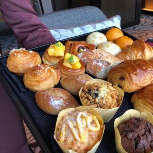 リッツカールトン東京⑤朝の景色~ラウンジの朝食