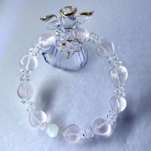 """『愛と癒し&""""聖なる石""""が輝くブレス』~ローズクォーツ・水晶・ムーンストーン~"""