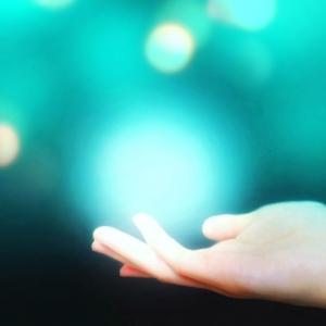 """《ラジオ♡オンエアのお知らせ》【第19回】『ハヤシびと、の呟き。』""""天使の羽根""""が私に教えたことは?~そこにいない気がしない。ぱぱ天使さんの気配を感じる。~"""