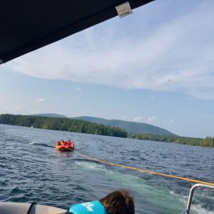 チュービングやら水上スキーに