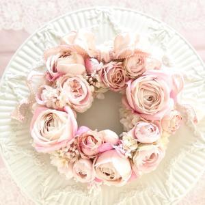 ふんわりロマンティックなピンクリース♡