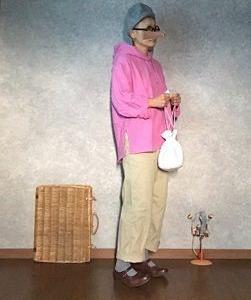 UNIQLOUのおピンクパーカーで●今日のスタイル●しまむら・アベイル・UNIQLO・無印良品・R.U.など