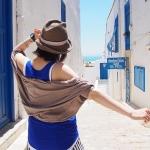 チュニジアで最も美しい、青と白の街