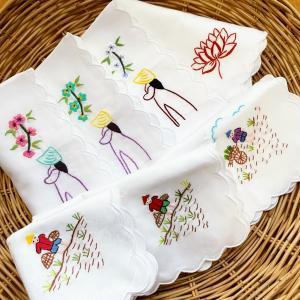 ベトナム手刺繍のハンカチ