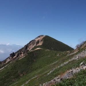 八ヶ岳・天狗岳(3) 箕冠山・根石岳から天狗岳の頂上へ