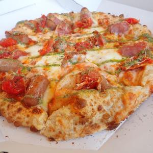 ルスツで美味しかったもの…道の駅のピザ