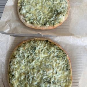 ピザとピタとバスクチーズ