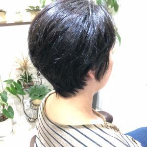 くせ毛でお悩みの方には嬉しいカット技法☆
