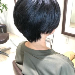くせ毛の方にすきバサミはNG☆