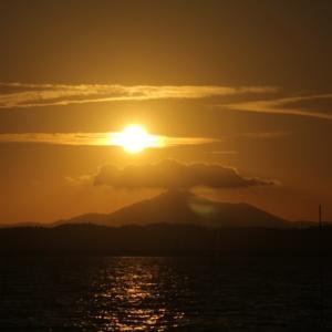 愛宕山日の出201207